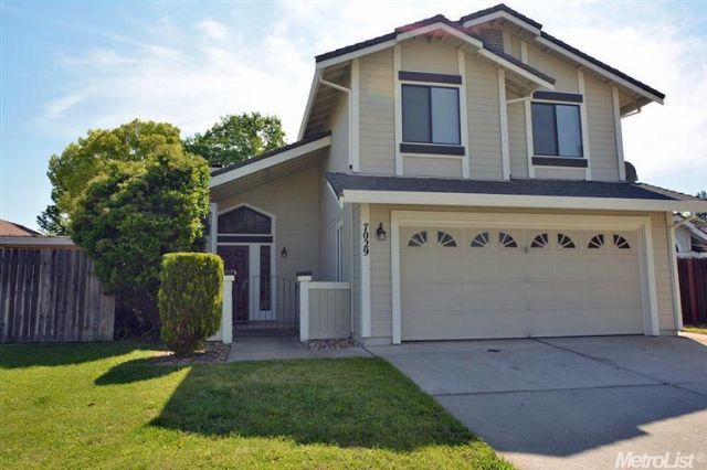 7029 VERDURE WAY, ELK GROVE, CA 95758