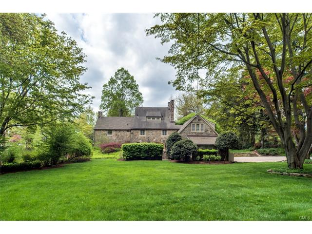 Single Family Home for Sale at Beautiful Single Family in Westport, CT 33 Ludlow Road Westport, Connecticut,06880 United States