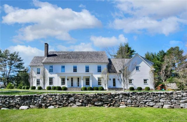 Single Family Home for Sale at Beautiful Single-Family Residence in Westport Westport, Connecticut,06880 United States
