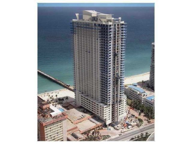 16699 COLLINS AVE #1510, SUNNY ISLES BEACH, FL 33160