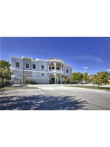 2227 N FEDERAL HY, HOLLYWOOD, FL 33020