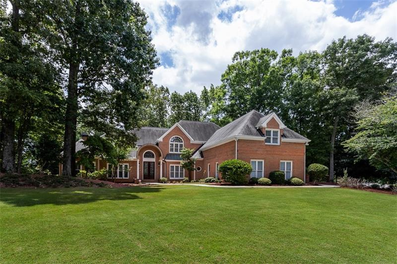 200 Wicklawn Way #  Roswell GA 30076