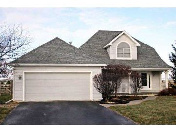 3116 STEEPLE CHASE LN, PERRYSBURG, OH 43551