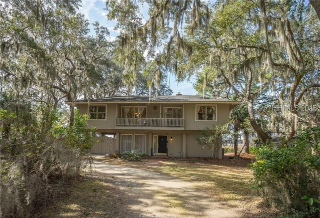 10 Oyster Catcher, Beaufort, SC, 29907, Lady's Island Home For Sale