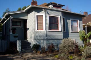 6521 HERZOG ST, OAKLAND, CA 94608  Photo 1