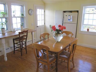 348 MAIN ST., YARMOUTH PORT, MA 02675  Photo 14