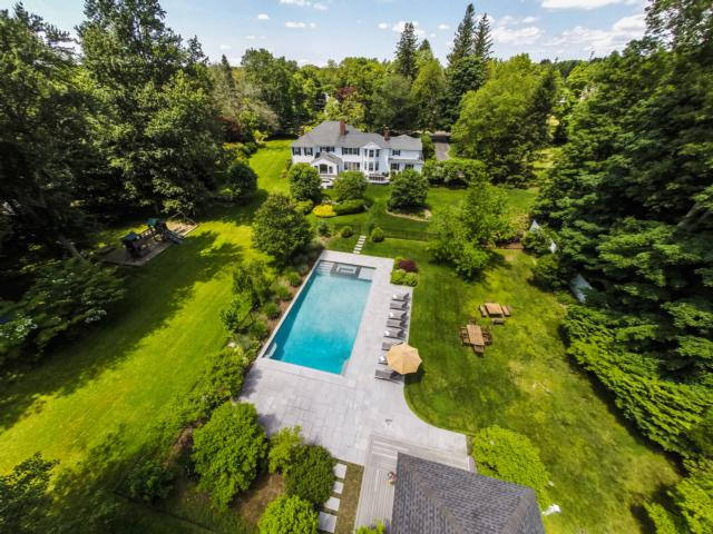 162 CROSS HIGHWAY, WESTPORT, CT 06880