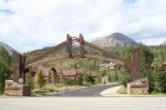 180 TWO CABINS DR, WILDERNEST/SILVERTHORNE, CO 80498