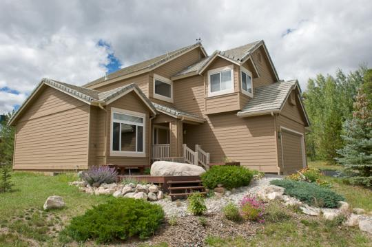 304 RED HAWK CIR, WILDERNEST/SILVERTHORNE, CO 80498