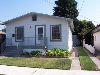 107 GARDEN RD, ALAMEDA, CA 94502