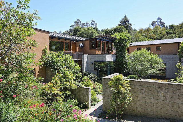 170 ROBLE ROAD, OAKLAND, CA 94618  Photo