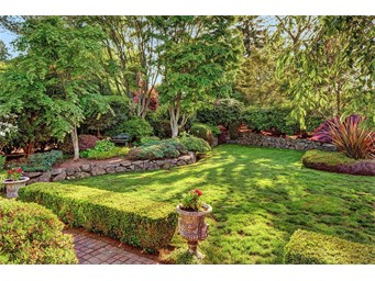 830 CARY RD, EDMONDS, WA 98020  Photo 2