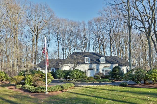 (UNDER CONTRACT) 28 GALLOPING HILL, HOLMDEL, NJ 07733