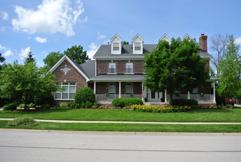 Additional photo for property listing at Wheaton, IL  Wheaton, Illinois,60189 États-Unis