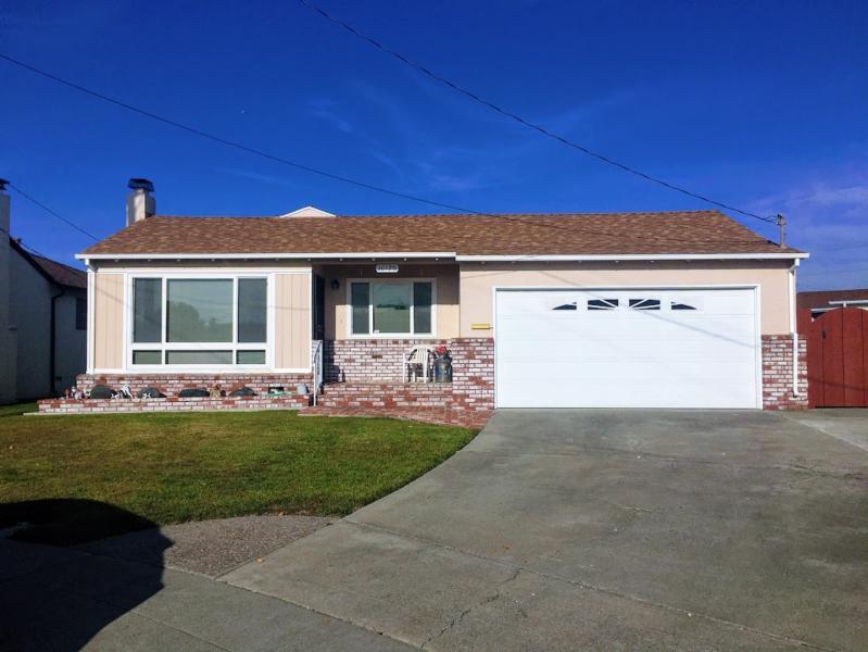 16120 VIA DEL ROBLES , SAN LORENZO, CA 94580