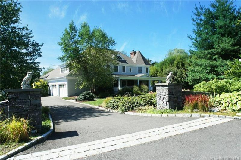 5 BLUEWATER HILL, WESTPORT, CT 06880