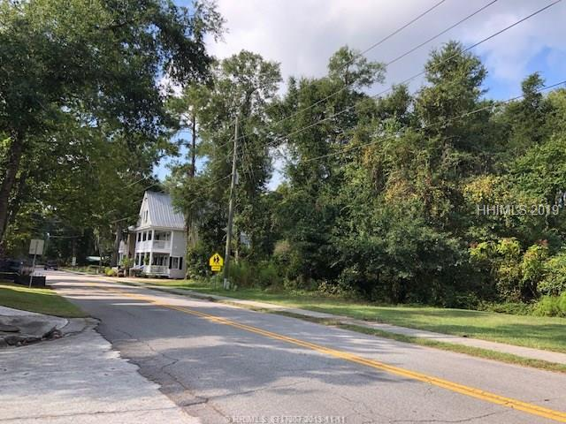 26 Bruin Rd, Bluffton, SC, 29910, Bluffton | Off Plantation Home For Sale